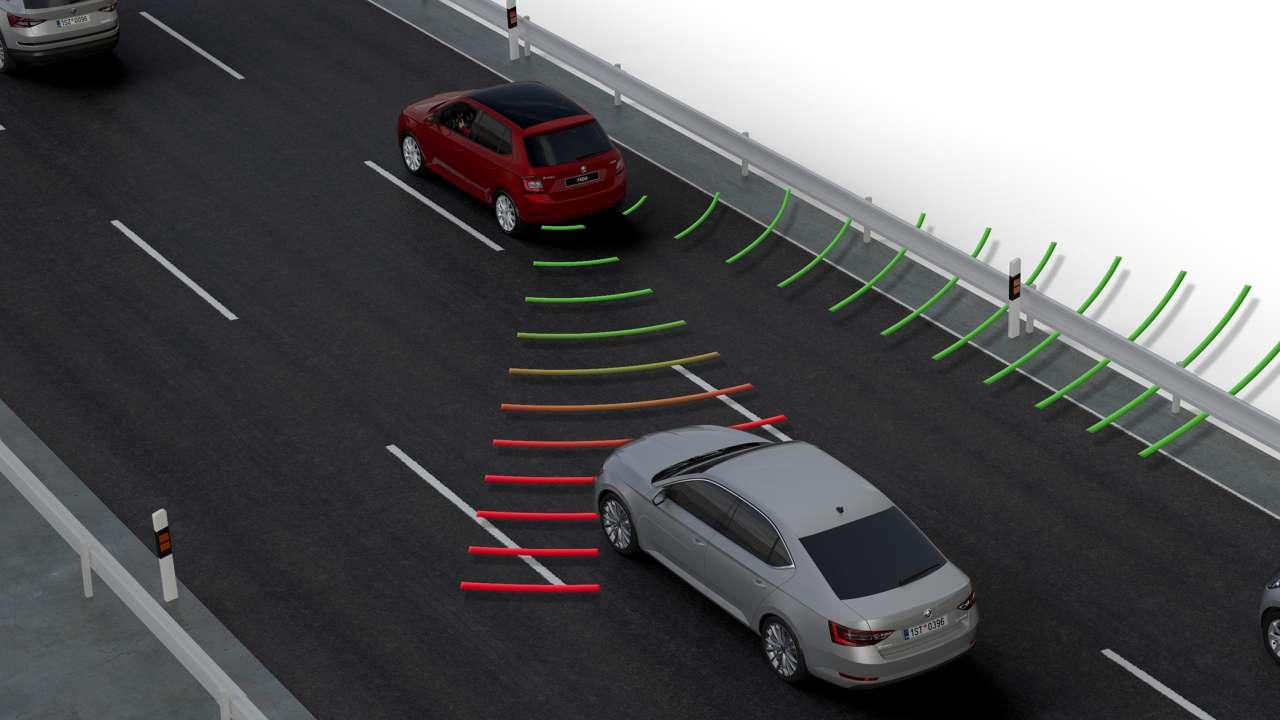 ŠKODA AUTO SAFETY: Wybieramy bezpieczne auto rodzinne, które daje radość z jazdy